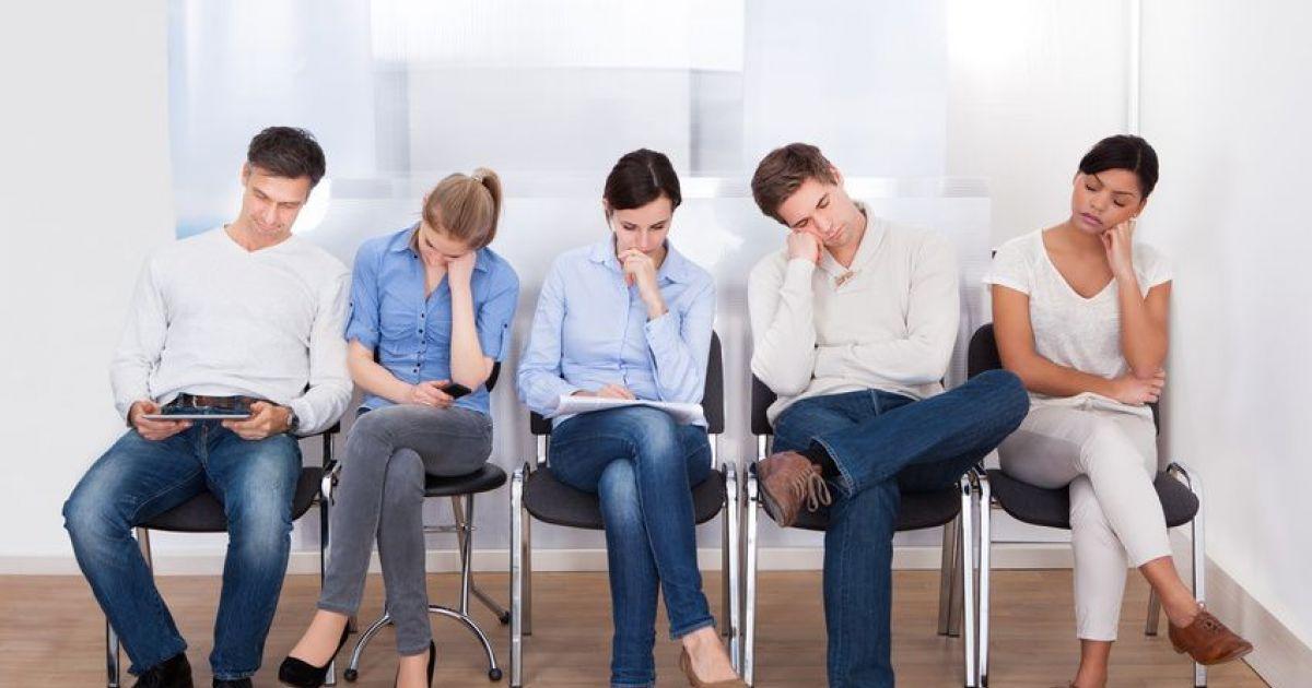 5-patients-enervants-dans-la-salle-d-attente-du-ge-37195-1200-630